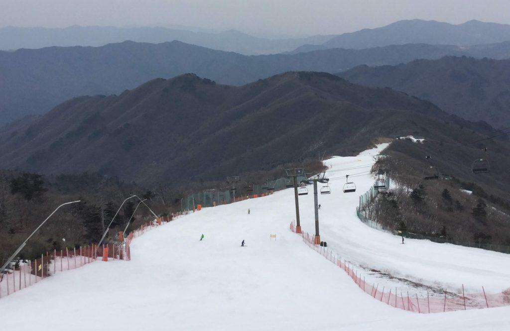 On the slopes at Muju Deogyusan Resort, Korea