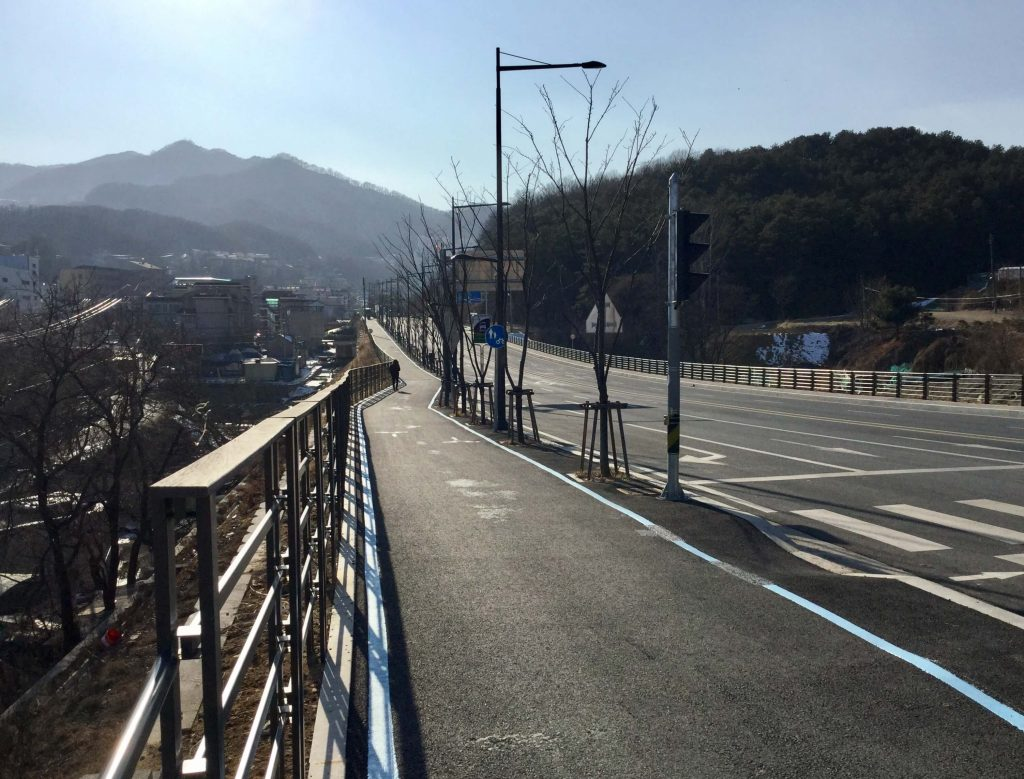 Walking route from Cheonmasan Station to Star Hill Resort